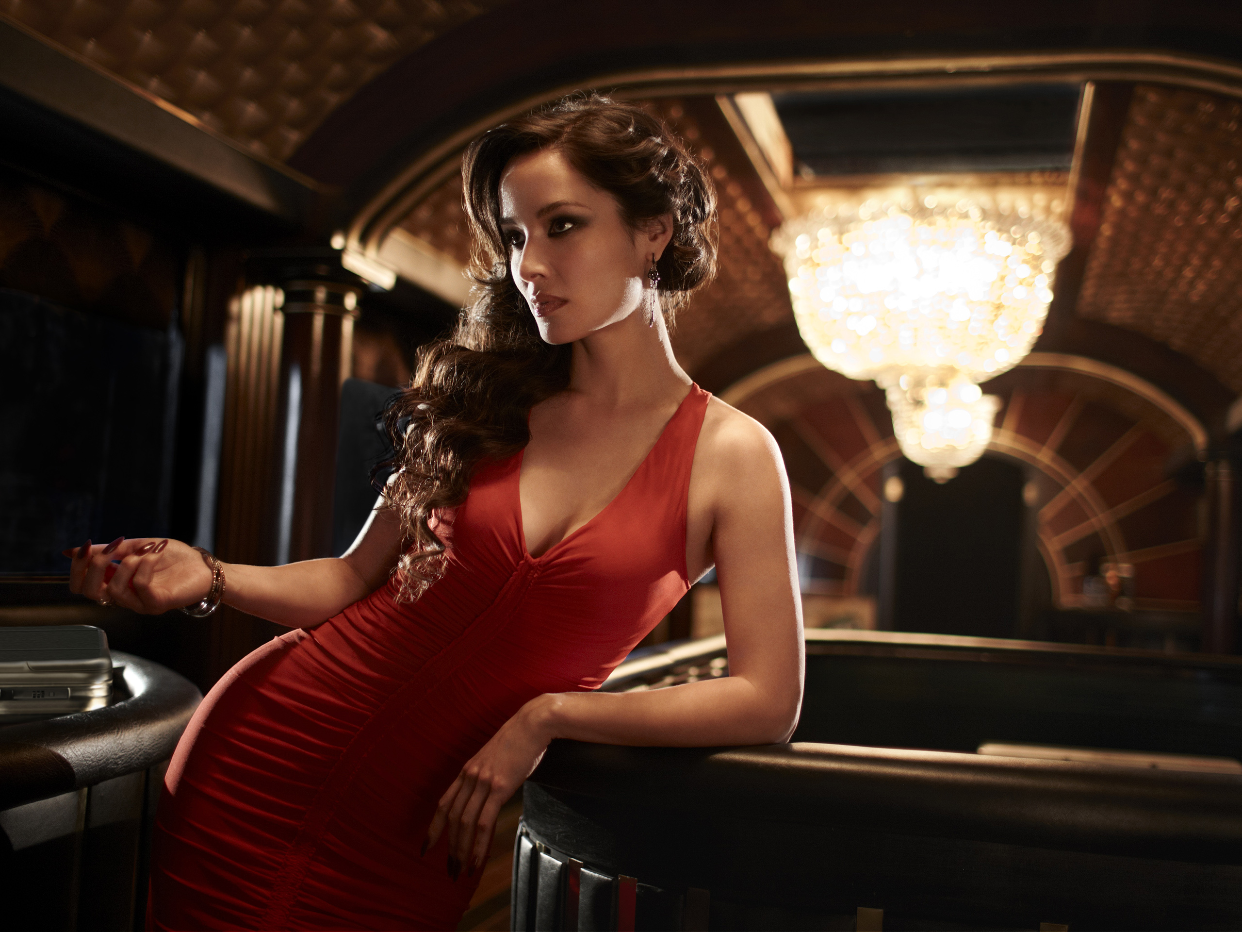 Casino Royale theme fashion ideas